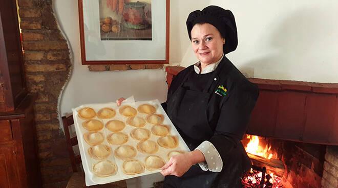 Il Faro Online: Pasta fresca fatta a mano, da Fattoria Santo Stefano le tradizioni… si gustano